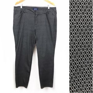 <Old Navy> Pixie Pants Ankle Career Geometric